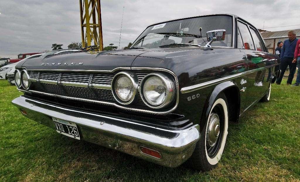 Rambler Classic Custom 660 Año 65