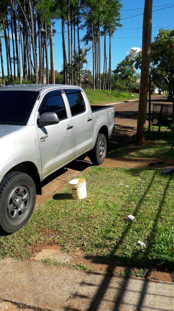 Vendo Toyota Hilux Doble Cabina Titular