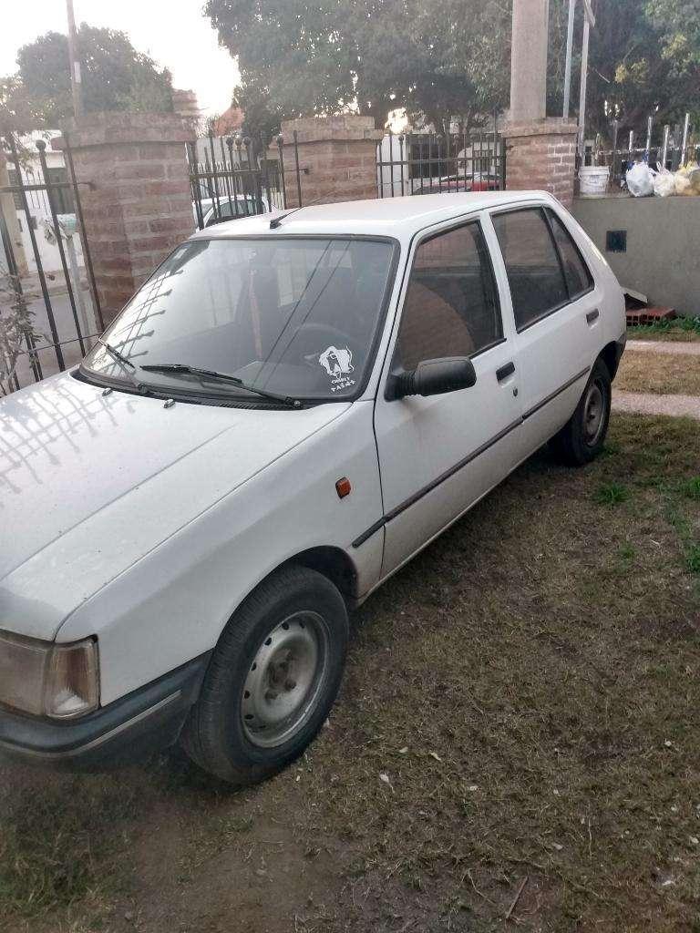 Vendo/permuto Peugeot 205