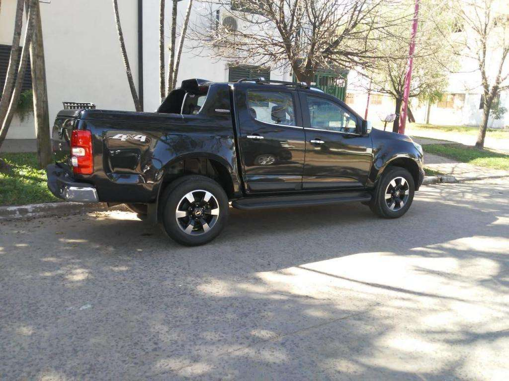 VENDO CHEVROLET S 10 4X4 HIGH COUNTRY. IMPECABLE. UNICA