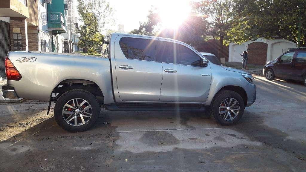 Toyota Hilux Srx Vendopermuto