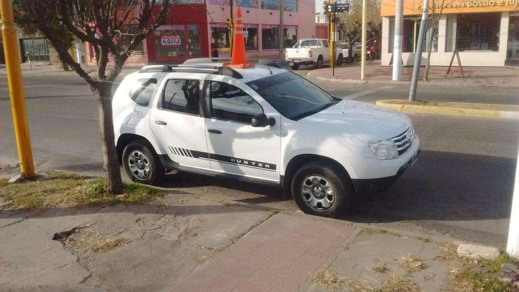 Renault duster dinamique 16 con GNC celular