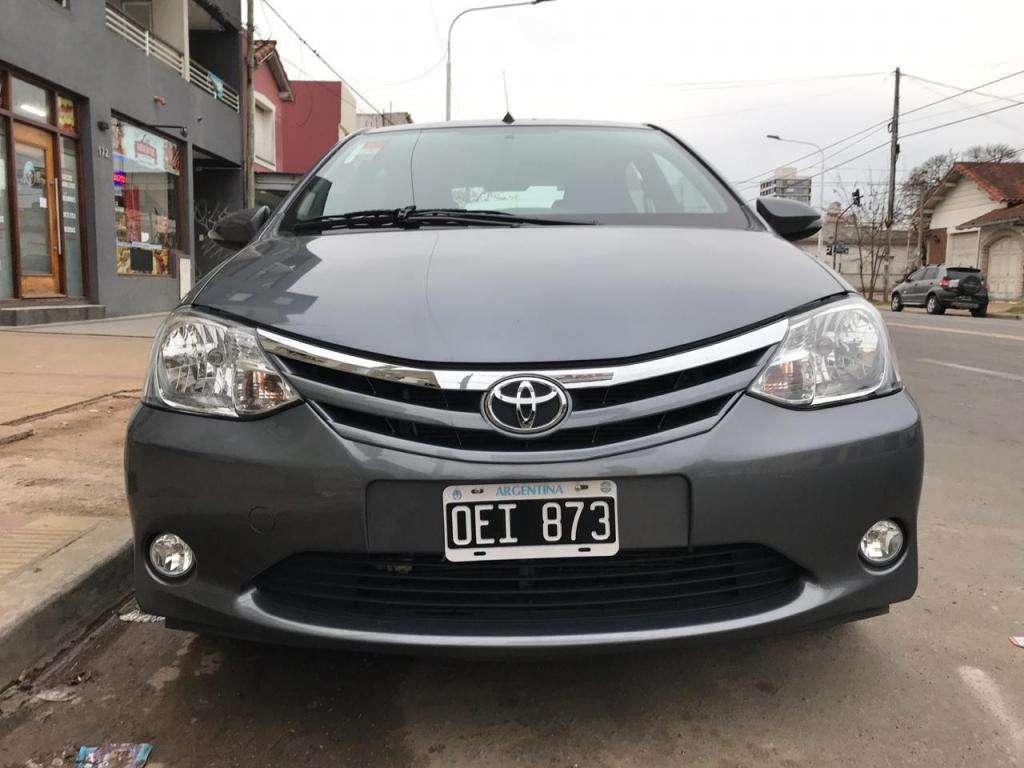 Toyota Etios xls 5p