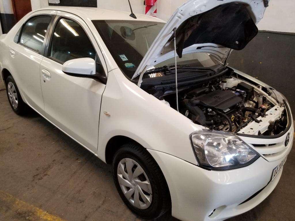 Toyota Ethios Xs 4 Puertas Caja 6ta