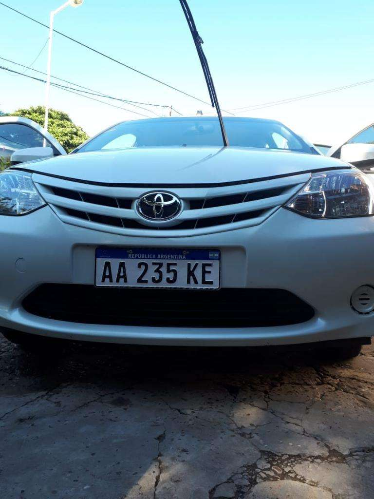 Toyota Etios  Caja de 6ta.