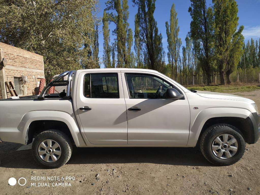Amarok 4x2 Doble Cabina Starline