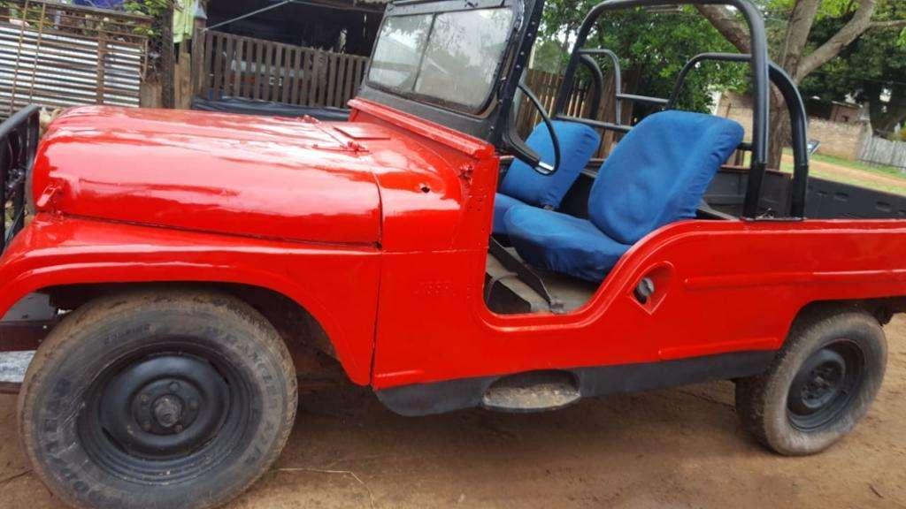 Vendo Jeep Ika Chasis Largo. Modelo 78.