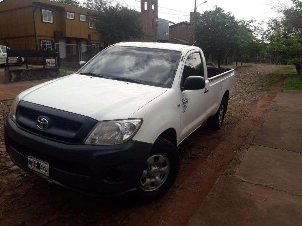Vendo Toyota Hilux dos puertas 4x4