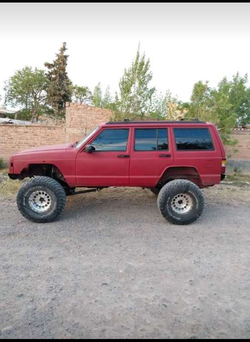 Jeep Cherokee Sport 40 4x4