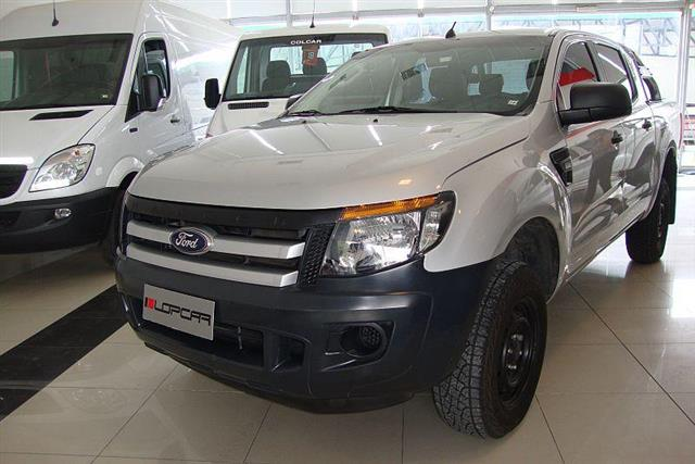 Ford Ranger XL Plus 4x2 C. Doble