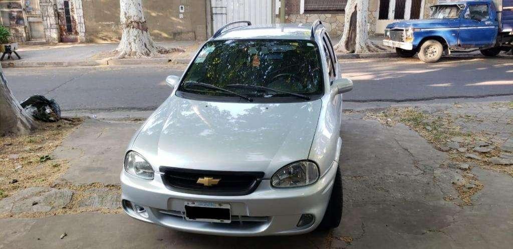 Chevrolet Corsa Classic Wagon gls 1.4N